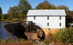 A beautiful mill full of photographic possibility!