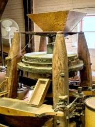 Stone wheel corn mill