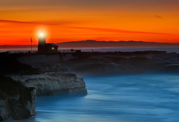 Light at Santa Cruz at Sunrise. Sony A7rii