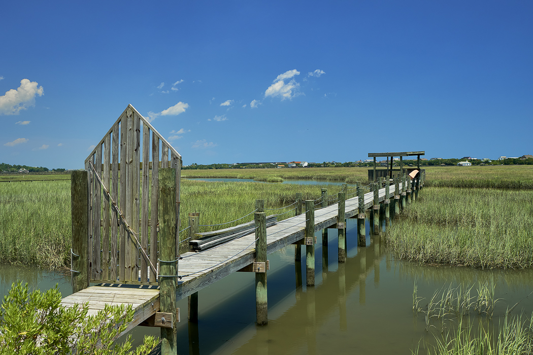 Pawleys Island Marsh, Sony A6300 with the Sony/Zeiss 24-70 f/4 and a polarizer.