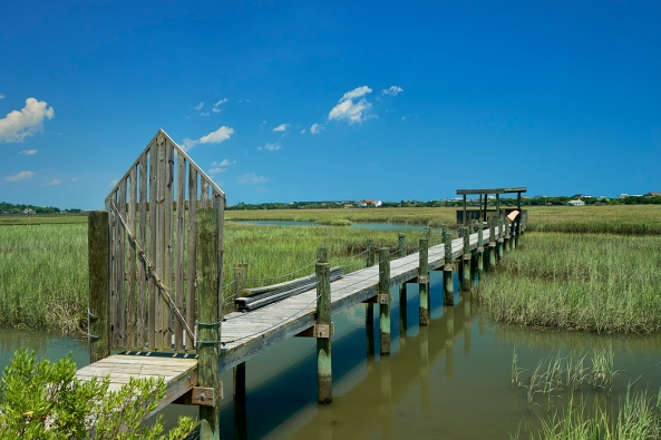 Pawleys Island Marsh, Sony A6300 with the Sony/Zeiss 24-70 f/4 and a polarizer.