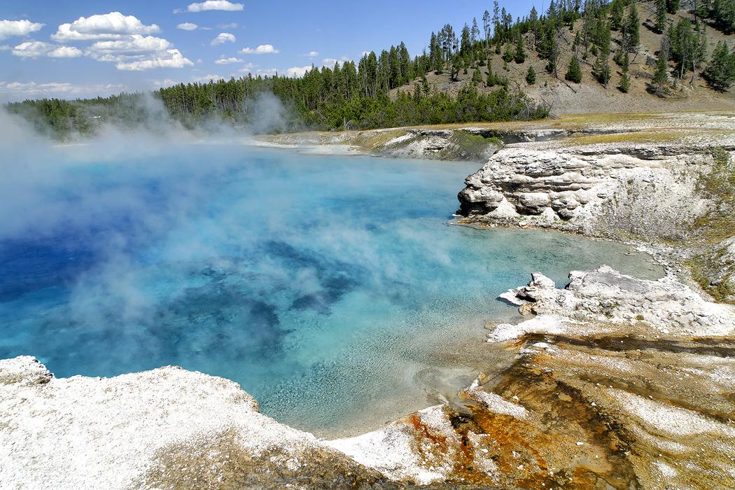 Blue Pool, Prismatic Spring Yellowstone