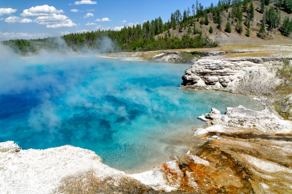Blue Pool, Prismatic Spring Yellowstone